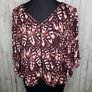 Jessica Simpson Flutter Sleeve Feather Print Top